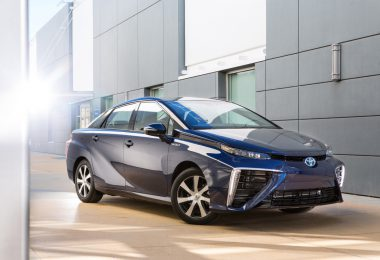 Toyota-Fuel-Cell-Vehicle-edited
