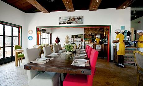 Alberto Sanjurjo Álvarez amplia un restaurante