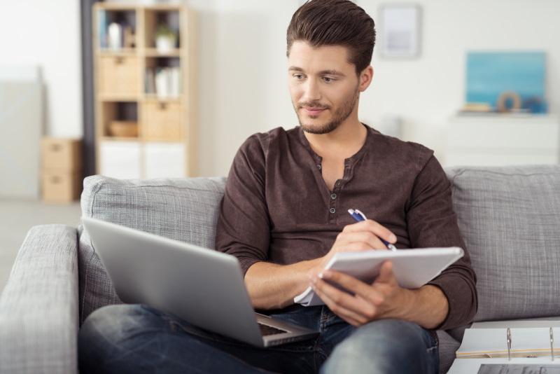 Estudiar cursos online en las mejores academias